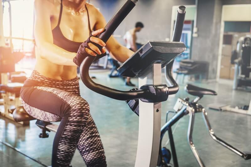 bicicleta estática - sated fitness - mantenimiento de máquinas de gimnasio